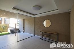 Foto Edificio en Moron Sarratea 70 número 8