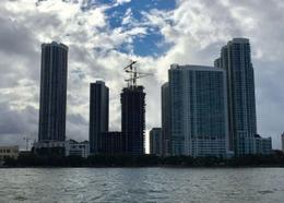 Foto Condominio en Wynwood 1770 North Bayshore Drive, Miami, FL 33137, United States número 4