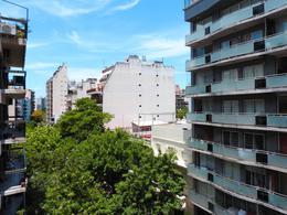 Foto Edificio en Villa Crespo L. M. Drago entre Lavalleja y Tte. Gral. E. Feías numero 14