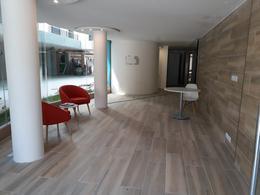 Foto Edificio en La Blanqueada             8 de Octubre y Estero Bellaco           número 10