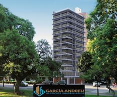 Foto Edificio en Macrocentro AV. PELLEGRINI AL 2600 número 11