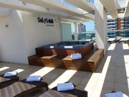Foto Edificio en Playa Mansa Avda Chiverta número 12