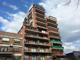Foto Edificio en Parque Patricios Juan de Garay  número 6