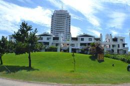 Foto Edificio en Playa Brava Dptos. en Playa Brava número 2