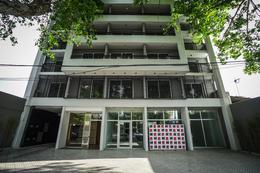 Foto Edificio en Cinco Esquinas Av. Pellegrini y Av. Avellaneda número 1