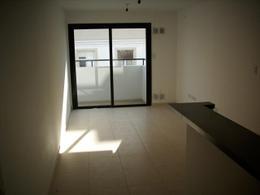 Foto Edificio en Alberdi Duarte Quiros 1696 número 30