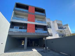Foto Edificio en Chilavert Mármol 3026 e/Artigas y Diag. Chilavert número 3