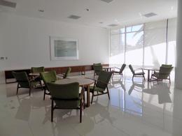 Foto Edificio en Puerto Buceo Rambla y L. A. de Herrera número 6