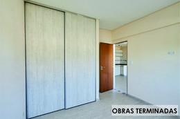 Foto Edificio en Moron Sur Pellegrini 1000 número 9