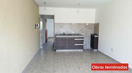 Foto Edificio en Moron Pellegrini 1300 número 8