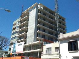 Foto Edificio en Punta Carretas PROYECTO DE CAMPIGLIA- Próximo a rambla y a pocas cuadras del Club de Golf número 8