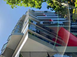 Foto Edificio de oficinas en Parque Rodó Bvar. España próximo a Cassinoni número 2