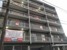 Foto Edificio en Jose Leon Suarez Santiago del Estero 2048 número 2