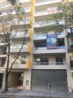 Foto Local en Venta en  Caballito ,  Capital Federal  Otamendi al 300