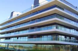 Foto Edificio en Playa Brava Uruguay Link número 4