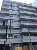 Foto Edificio en P.Centenario             Av Angel Gallardo y Bravard           número 15