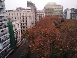 Foto Edificio en Centro (Montevideo) KILÓMETRO CERO Frente a Plaza Libertad número 21