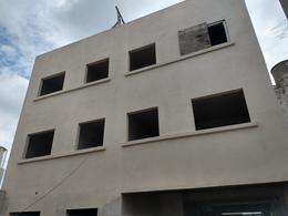 Foto Edificio en La Plata calle 36 1720 número 4