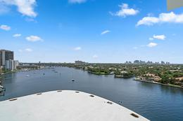 Foto Condominio en Broward 321 At Water's Edge Fort Lauderdale, Florida, USA  número 25