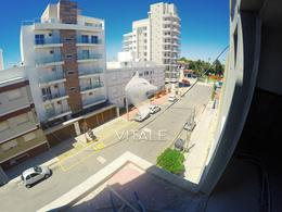Foto Edificio en La Perla Norte Sgto. Cabral 73 número 20