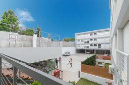 Foto Edificio en Unión 8 de Octubre y Joanicó próximo número 4