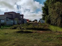 Foto Terreno en Venta en  Costa Del Este ,  Costa Atlantica  Av 3 entre Los Malvones y Los Pensamientos-Lote 7