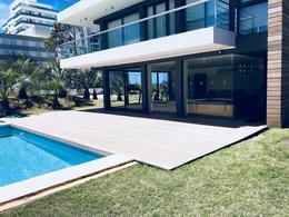 Foto Edificio en Playa Brava BRAVA número 17
