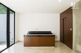 """Foto Condominio en Benito Juárez Nte Un desarrollo residencial que cuenta diez casas estilo """"Urban Homes"""" que combinan el diseño, acabados de primera, privacidad y seguridad, logrando un balance perfecto entre lujo y armonía. número 15"""