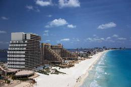 Foto Country en Altamira Boulevard Kukulcán Km. 12 Zona Hotelera, Cancún Quintana Roo 77500 México número 2