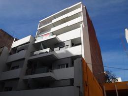 Foto Edificio en Centro Independencia 245 número 2