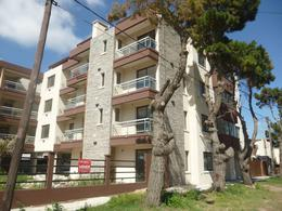 Foto Edificio en Costa Azul San Juan 3786 numero 13