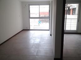 Foto Edificio en Macrocentro Callao 1000 número 8