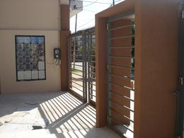 Foto Edificio en Villa Bosch Las Gaviotas 1500 número 2