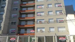 Foto Edificio en Moron 9 de Julio 400 número 2