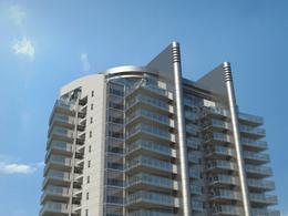 Foto Edificio en Playa Mansa Pedragos Sierra y Miami número 2
