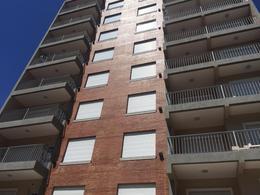 Foto Edificio en S.Martin(Ctro) 18 DE DICIEMBRE 1800 número 18