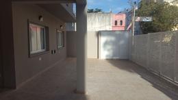 Foto Edificio en San Bernardo Del Tuyu Strobel 161 número 16