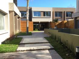 Foto Condominio en Lomas de Zamora Oeste Casas de Alvear - Alvear 430 numero 9