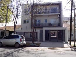 Foto Edificio en Adrogue BOUCHARD 1563 número 2