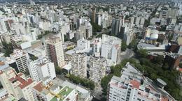 Foto Edificio en Shopping Hipólito Yrigoyen esquina Belgrano número 17