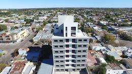 Foto Edificio en Centro Calle 14 e/ 15 y 13 numero 5