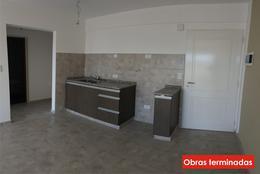 Foto Edificio en Moron Pellegrini 1300 número 4