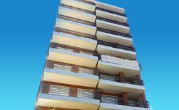 Foto Edificio en Martin 1 de Mayo 1100 número 1
