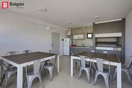 Foto Edificio en Nuñez AV. CABILDO Y PICO número 12