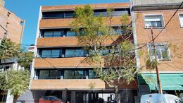 Foto Edificio en Mart.-Vias/Santa Fe Rawson 2165 1° A numero 1