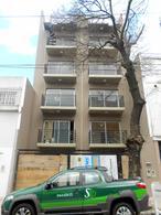 Foto Edificio en Almagro Venezuela 3558 número 1