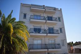 Foto Edificio en Adrogue Rosales 1750 número 12