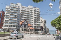 Foto Edificio en Playa Grande Alberti 100 número 1