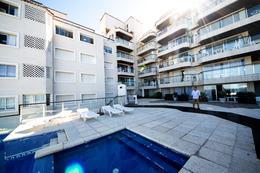 Foto Edificio en Península Rambla Artigas y calle 21 número 4
