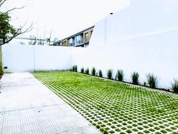 Foto Edificio en Castelar Norte Arredondo 2400 número 3